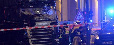 """Berlino, l'attentato """"spinge"""" i movimenti populisti?"""