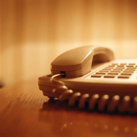 Telefonia, niente più tariffe a 28 giorni